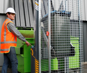 How Bin Lifters Simplify Waste Management in Healthcare / Emoveit
