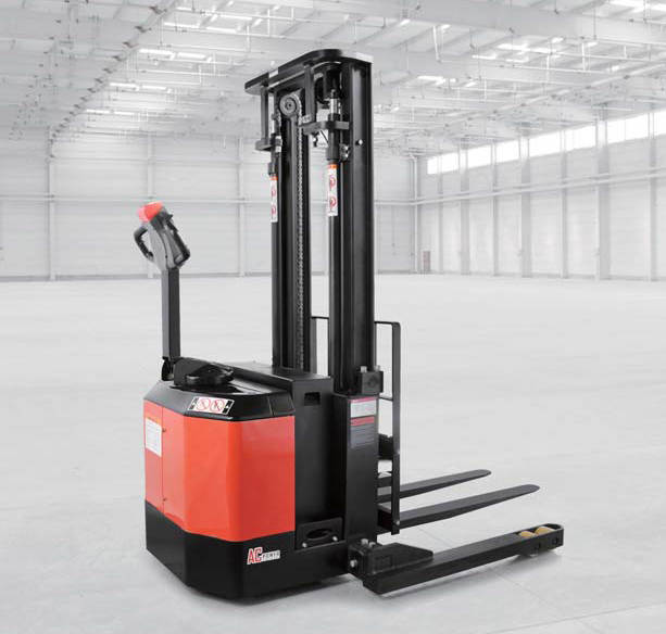 7 Considerations When Purchasing an Electric Pallet Jack / Emoveit