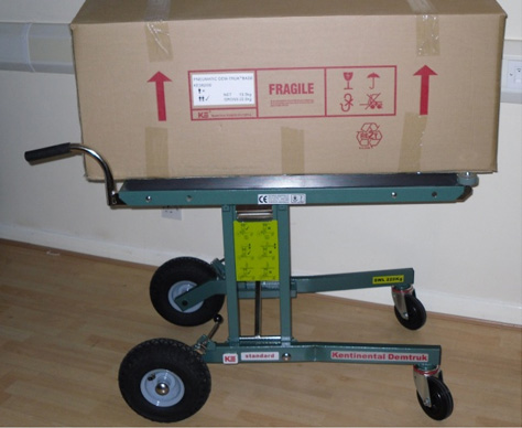 4 Benefits of Using a Folding Trolley / Emoveit